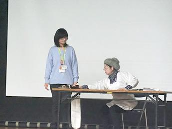 写真:講義の様子②(寸劇)